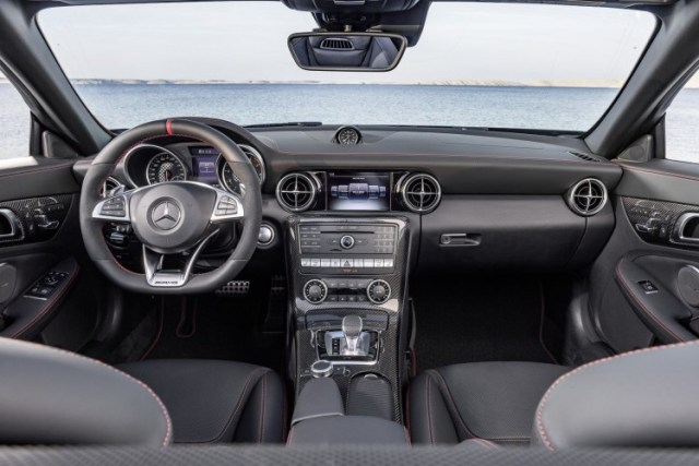 Mercedes-SLC-1-750x500