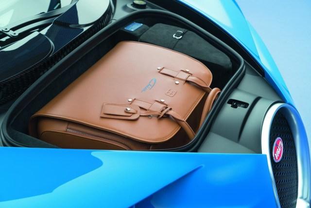 Bugatti_Chiron_2016_8c215-1200-800