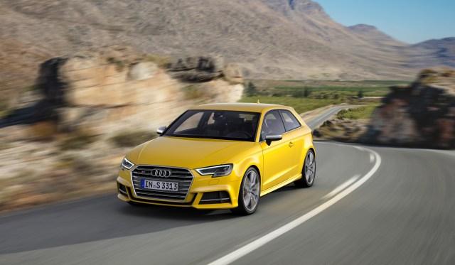 Audi-S3-2016-(4).jpg