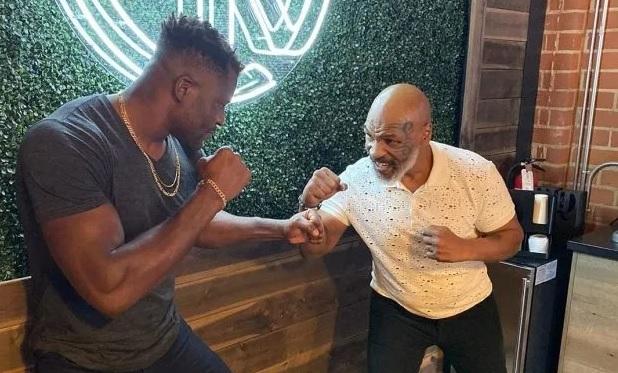 Mike Tyson parle de la belle victoire de Francis Ngannou