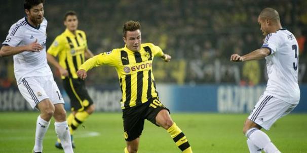 Match Borussia Real (phase de groupe)