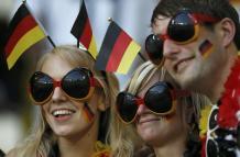 Deustchland Supportrice Allemagne Coupe du monde 2014