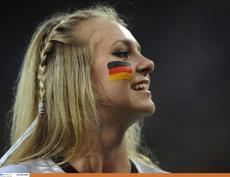 Supportrice Allemagne drapeau joue Coupe du monde 2014