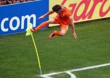 celebration Huntelaar Coupe du Monde 2014