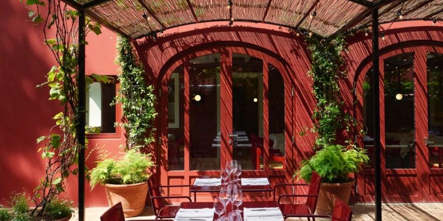«Il Cavallino», ristorante simbolo di Ferrari riparte con Bottura e Mahdavi