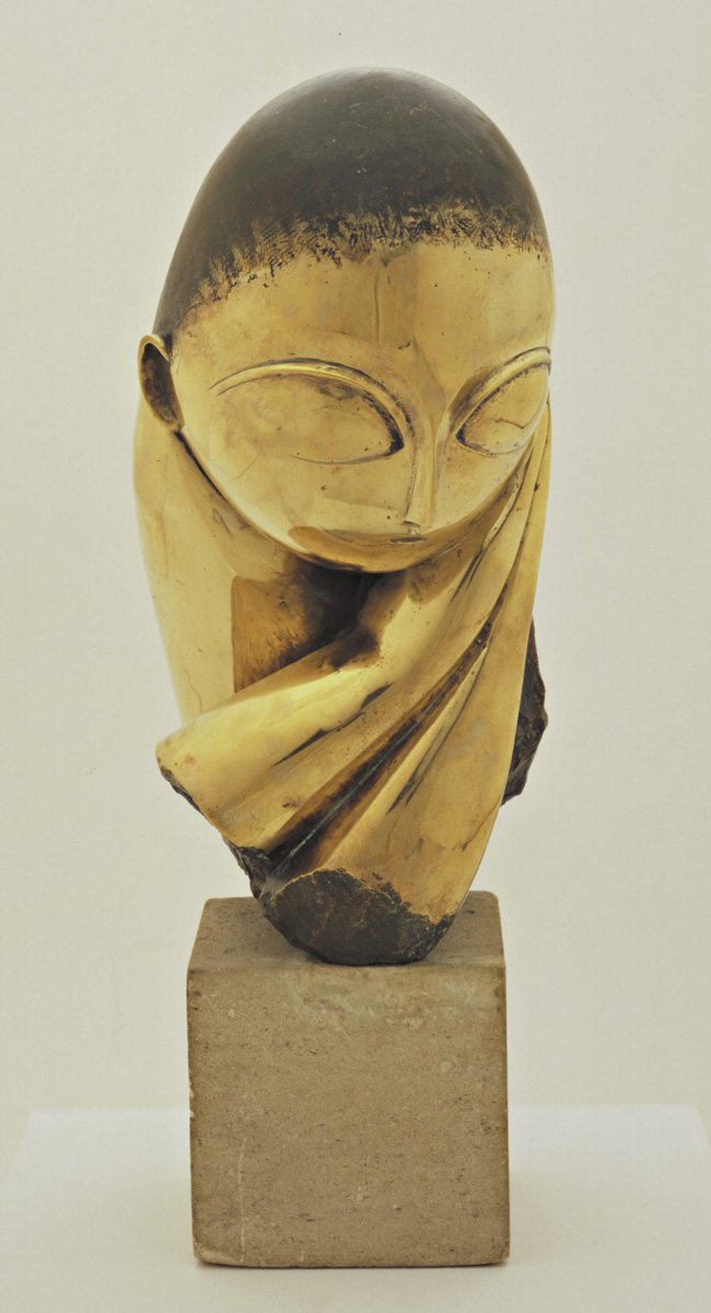 Constantin Brancusi. Mlle Pogany. version I, 1913 (after a marble of 1912). Bronze with black patina 17 1/4 x 8 1/2 x 12 1/2″ (43.8 x 21.5 x 31.7 cm), on limestone base 5 3/4 x 6 1/8 x 7 3/8″ (14.6 x 15.6 x 18.7 cm). The Museum of Modern Art, New York. Acquired through the Lillie P. Bliss Bequest (by exchange). © 2018 Artists Rights Society (ARS), New York / ADAGP, Paris. Photo: Imaging and Visual Resources Department, MoMA