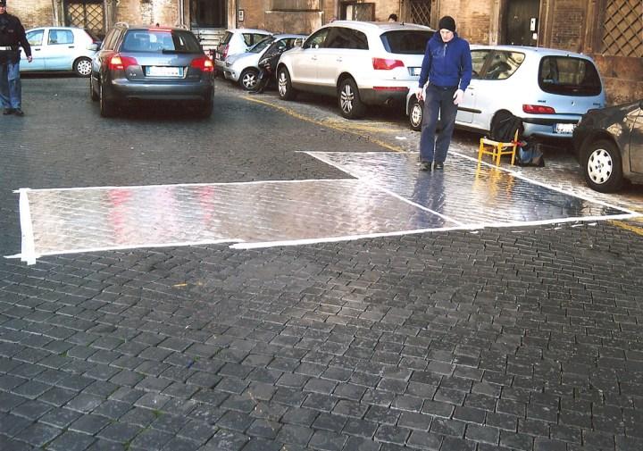 Realizzazione dei calchi per il pavimento, 2008, cm 400 x 500 ca, Residence Barberini. Courtesy Baldo Diodato