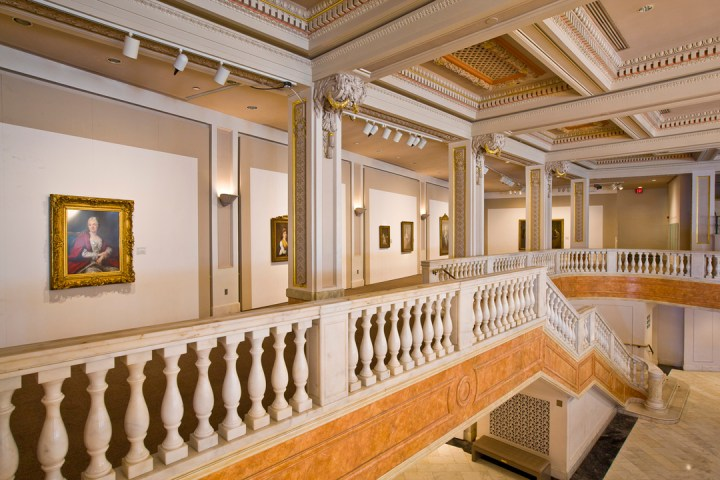 Mezzanine. Photo by Tom Field, Courtesy of the National Museum of Women in the Arts