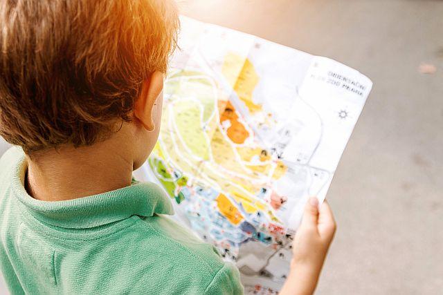 Výukový materiál je koncipován v rámci zážitkové pedagogiky, proto se žáci nemusí učit různá data nazpaměť, ale osvojí si šetrný přístup k vodě prostřednictvím her, kvízů či experimentů (foto z FB Wat.Edu)