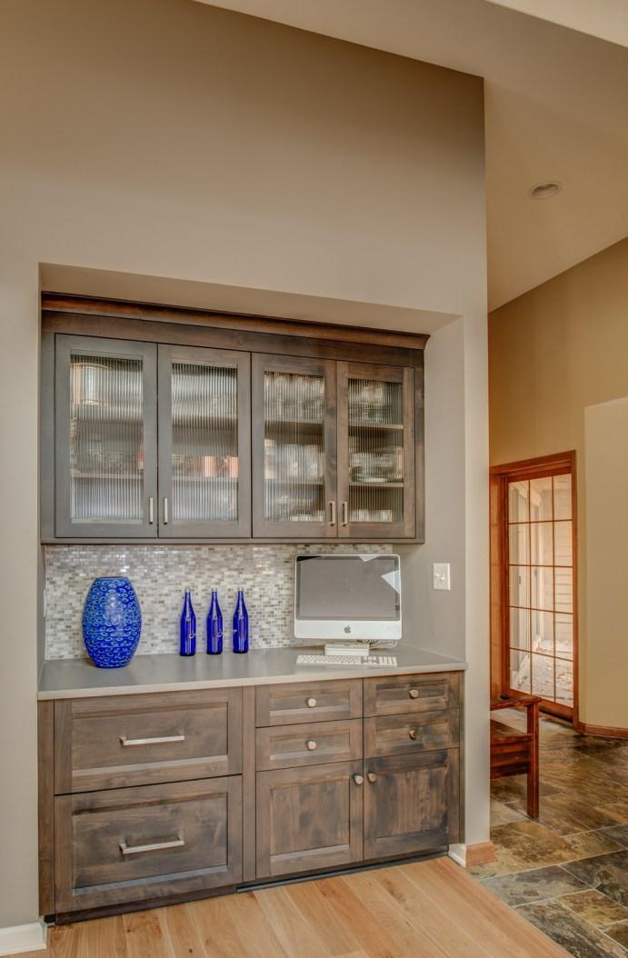 vaulted_modern_kitchen_den_6