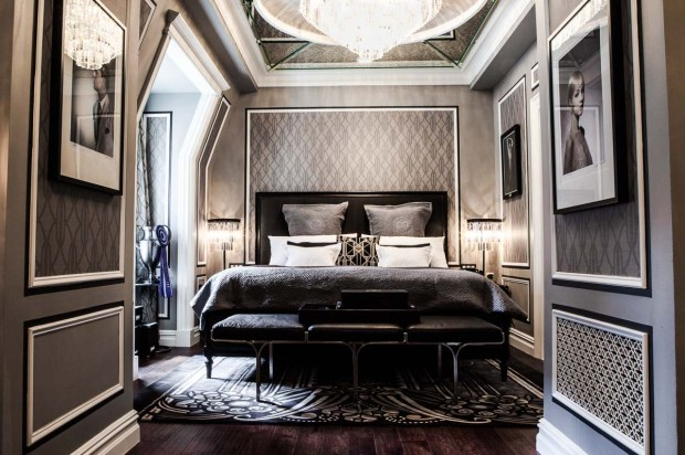 The-Fitzgerald-Suite-at-The-Plaza-designed-by-Catherine-Martin-Bedroom-credit-Dario-Calmese-for-The-Plaza