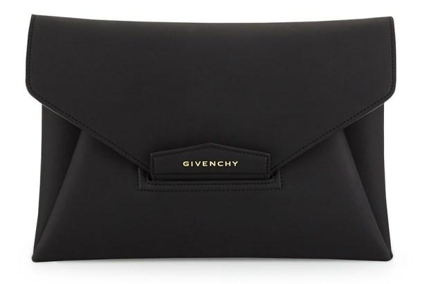 Givenchy Clutch - 2975 TL