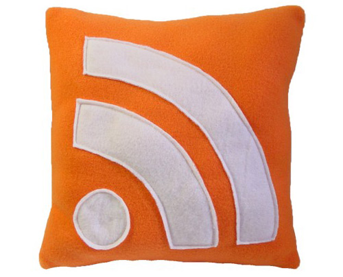 20090529-rss-icon-pillow