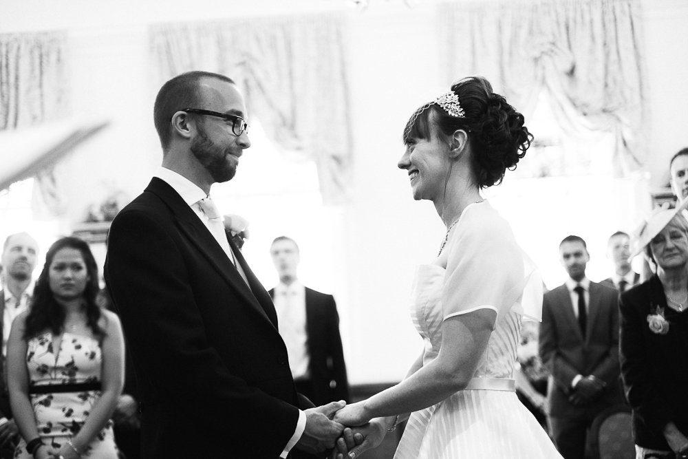 Documentary wedding photography_0020
