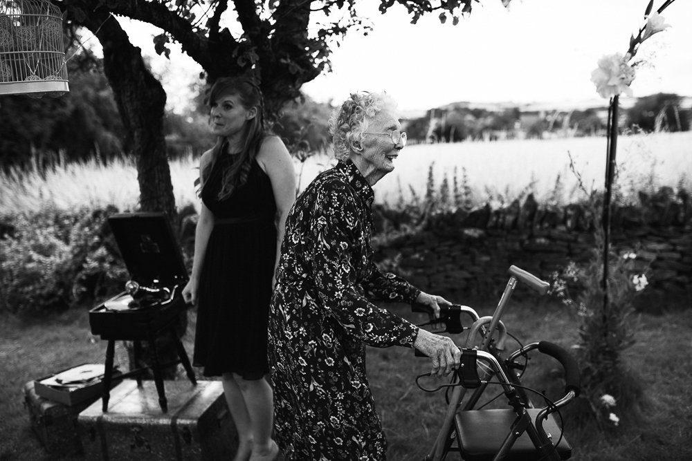 Documentary wedding photography_0054