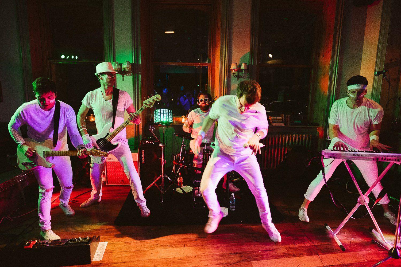 kew gardens hotel band