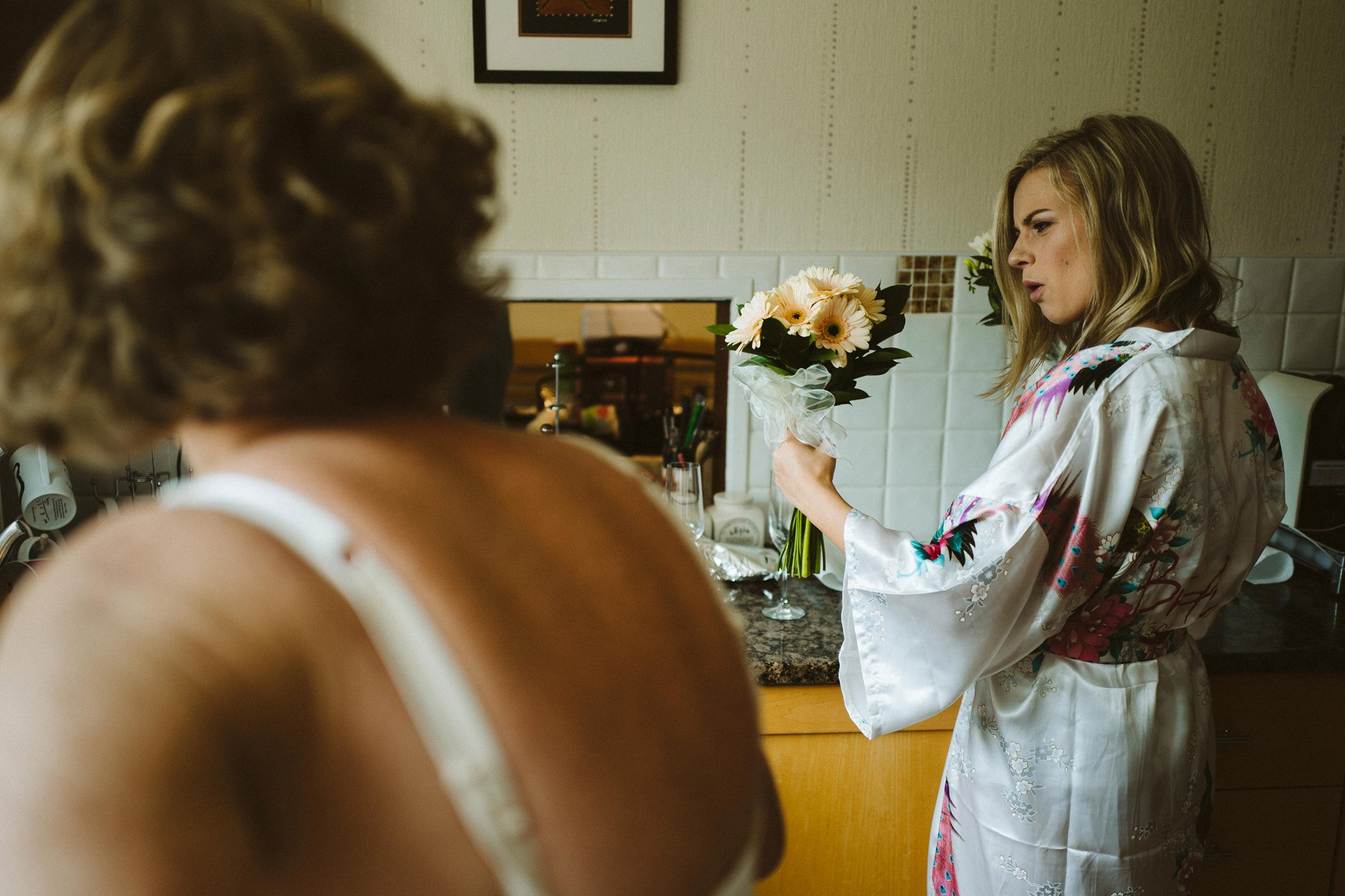 documentary wedding photography bridal preperation