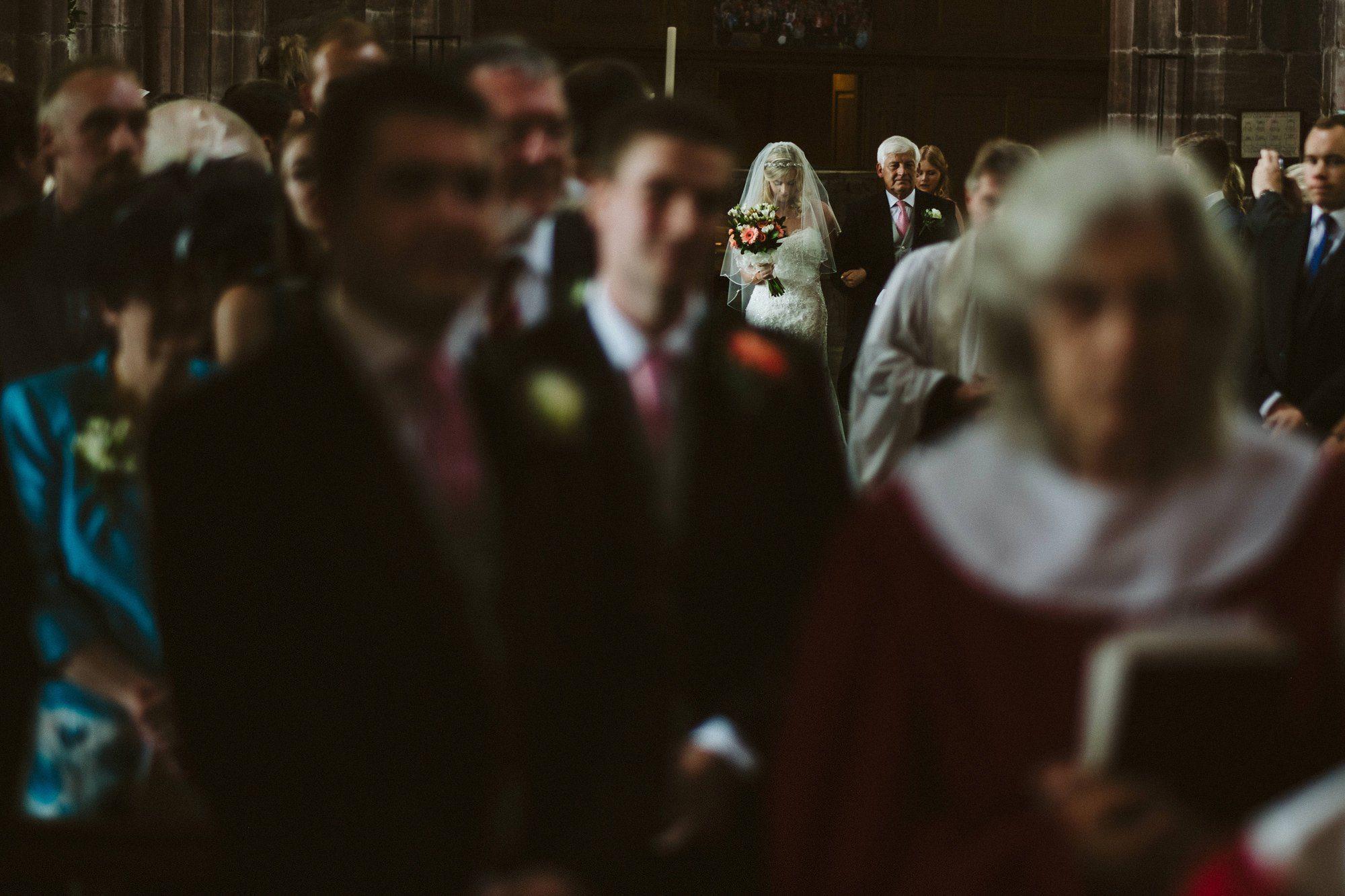 bride great budworth church wedding