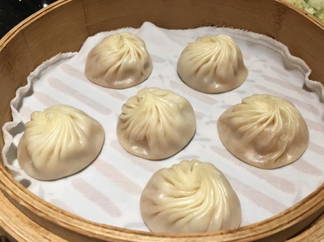 Xiao long bao or steamed water dumplings - eat in Taipei