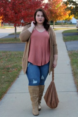 Casual And Comfy Plus Size Fall Outfits Ideas09