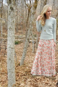Modest But Classy Skirt Outfits Ideas Suitable For Fall18