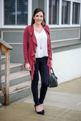 Amazing Looks For Over 40 Women Inspiration31