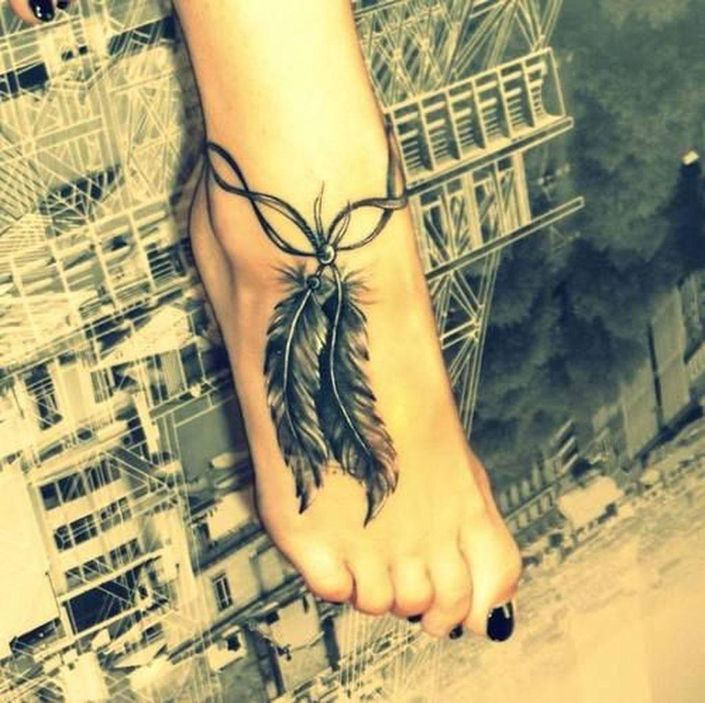 Awesome Feather Tattoo Ideas12