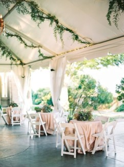 Awesome Outdoor Fall Wedding Tips Ideas26