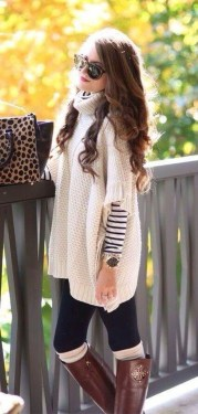 Cute Forward Fall Outfits Ideas To Update Your Wardrobe19