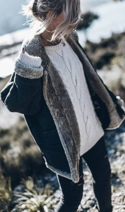 Cute Winter Outfits Ideas To Copy Right Now24