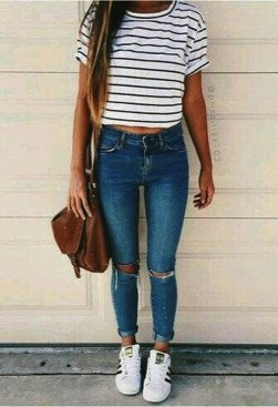 Fabulous And Fashionable School Outfit Ideas For College Girls24