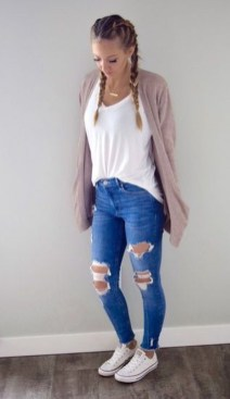 Fabulous And Fashionable School Outfit Ideas For College Girls25