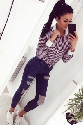 Fabulous And Fashionable School Outfit Ideas For College Girls44