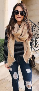 Perfect Fall Outfits Ideas To Copy Asap02