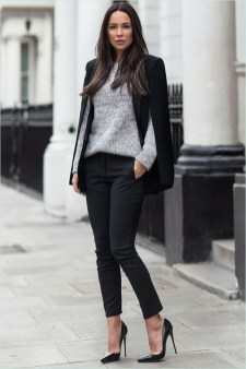 Stunning Work Office Outfit Ideas14