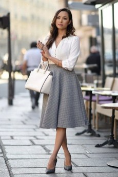 Stunning Work Office Outfit Ideas21