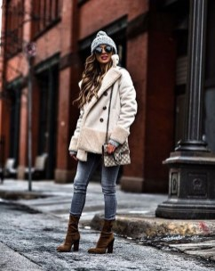 Amazing Winter Outfits Ideas40