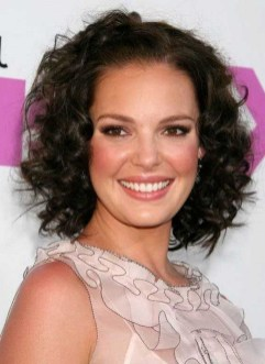 Awesome Haircuts Ideas For Round Face06