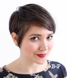 Awesome Haircuts Ideas For Round Face14