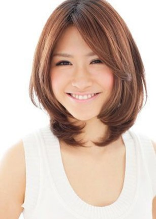 Awesome Haircuts Ideas For Round Face15