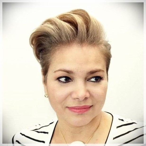 Awesome Haircuts Ideas For Round Face48