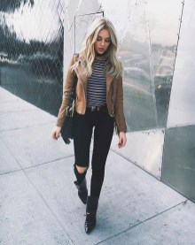 Charming Winter Outfits Ideas Teen Girl25