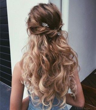 Perfect Wedding Hairstyles Ideas For Long Hair09