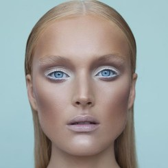 Popular Shimmer Summer Makeup Ideas29