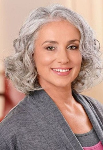 Pretty Grey Hairstyle Ideas For Women44