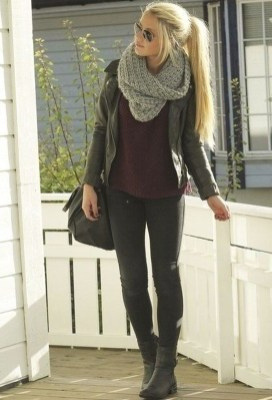 Pretty Winter Outfits Ideas Black Leather Jacket09