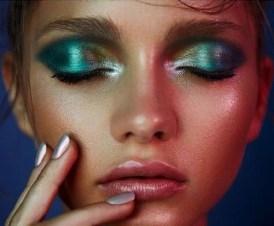 Stunning Shimmer Eye Makeup Ideas 201826