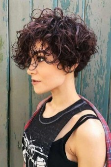 Stunning Summer Hairstyles Ideas For Women07