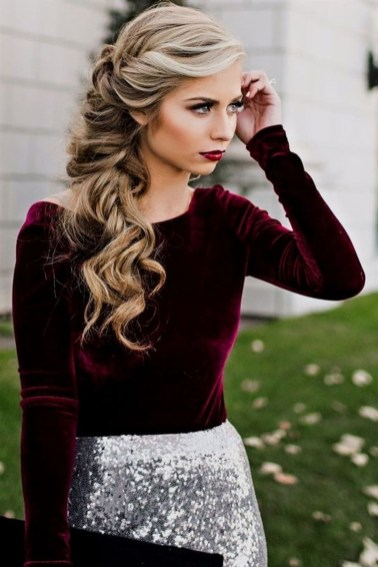 Awesome Hairstyles Christmas Party Ideas24