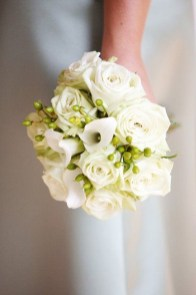 Casual Winter White Bouquet Ideas04